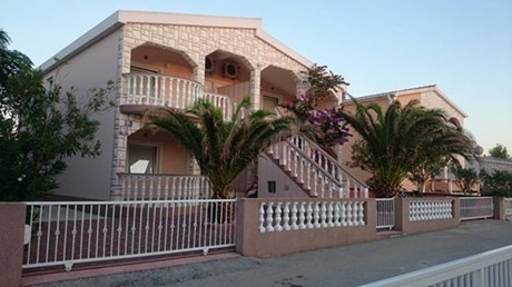 Apartments Bermanec, Island Vir
