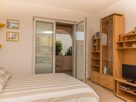 Apartments Branka, Dramalj - Apartments385.com