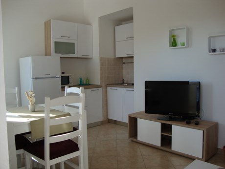 Apartments Budija, Island Vir - Apartments385.com