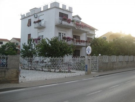 Apartments Crljić, Vodice