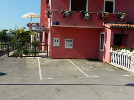 Apartments Dragica Selimović , Porec - Apartments385.com