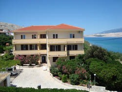 Apartments and rooms Pansion Mare, Pag