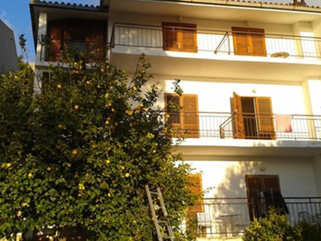 Apartments and rooms Villa Tereza, Brela
