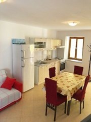 Apartments Jasenčić, Island Susak - Apartments385.com