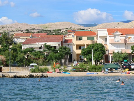 Apartments Kustić, Island Pag - Apartments385.com