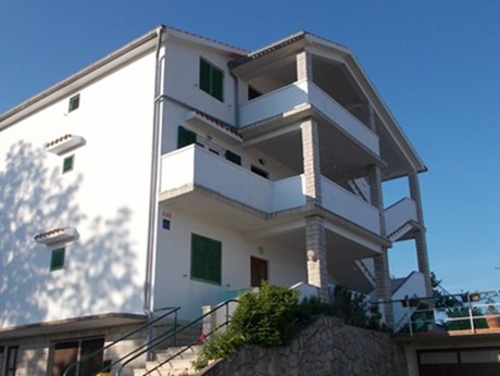Apartments Mira, Lopar