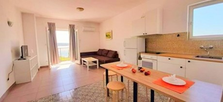 Apartments Villa Luna, Island Rab - Apartments385.com