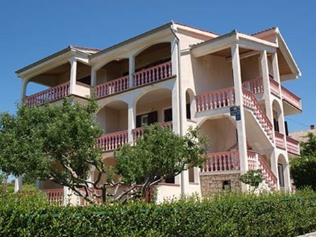 Apartments Danica, Lopar