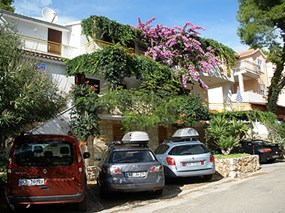 Apartments Godo, Island Hvar