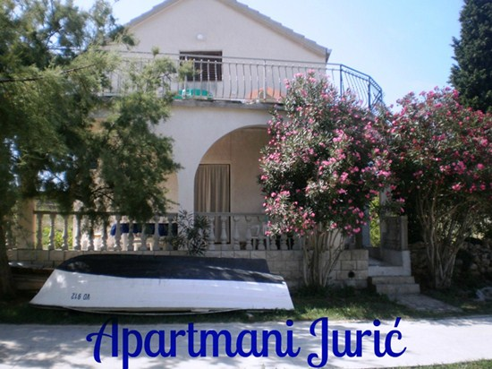 Apartments Jurić, Island Prvic