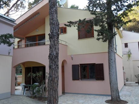 Apartments Mili, Biograd