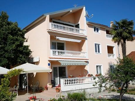 Apartments Oleander, Vodice