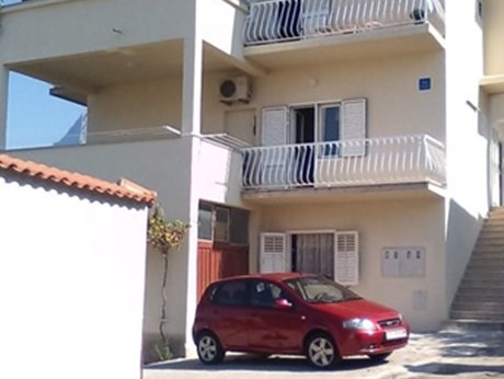 Apartments Ruzmarin, Makarska - Apartments385.com