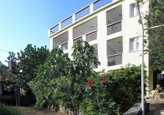 Apartments and rooms Europa, Starigrad Paklenica