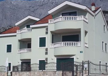 Apartments Tara, Baska Voda