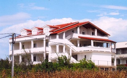 Apartments Toni, Lopar
