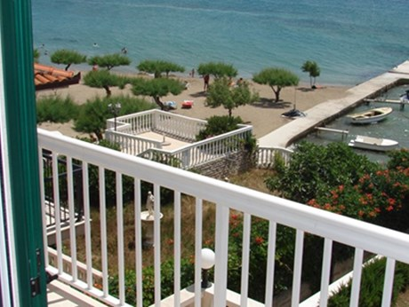 Apartments and rooms Villa Cetina, Omis - Apartments385.com