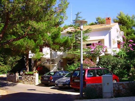 Apartments Villa Margareta, Novalja