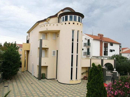 Apartments and rooms Villa Nara, Vodice